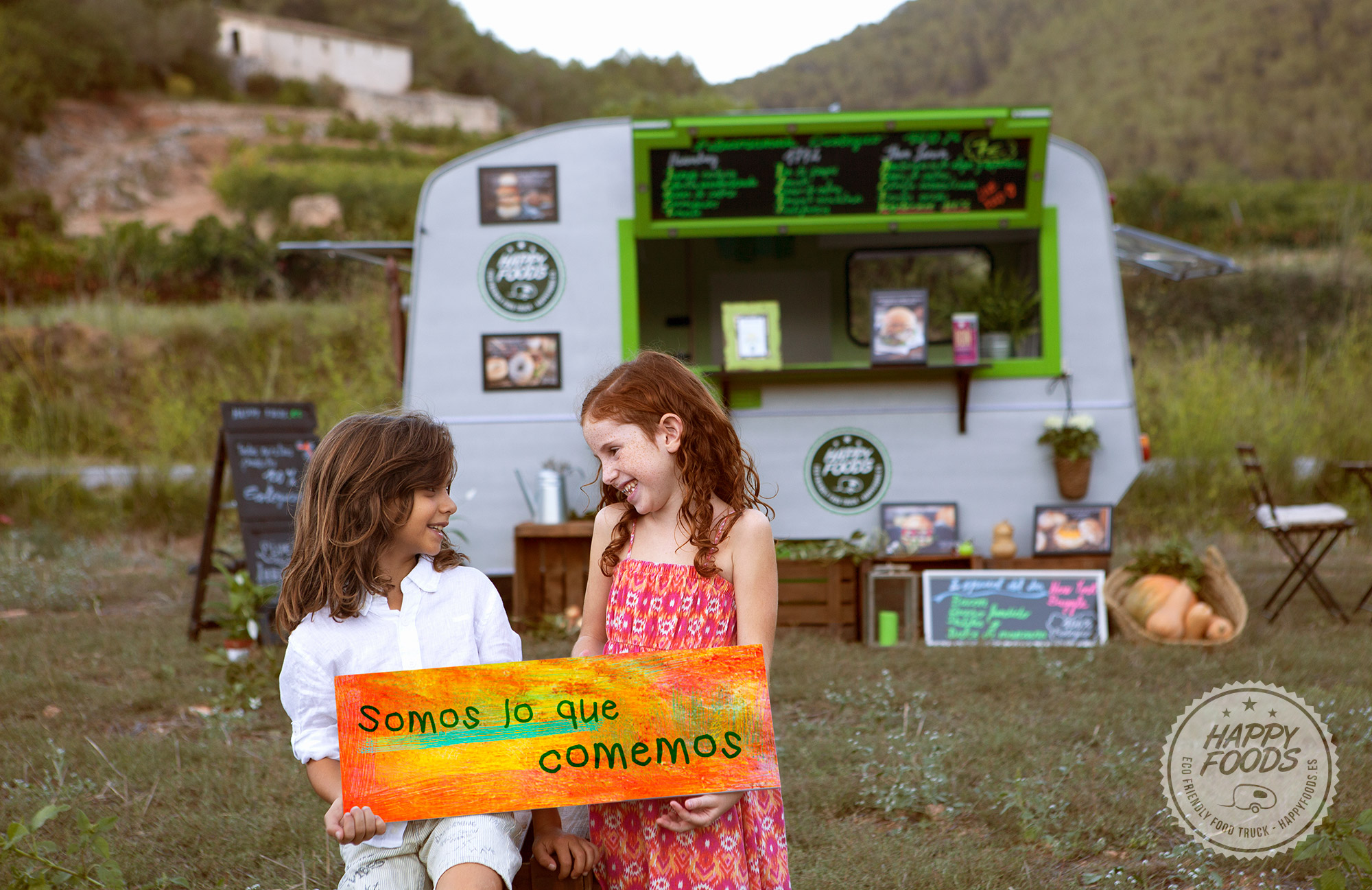 HAPPY FOODS TRUCK - ECO FRIENDLY FOOD TRUCK